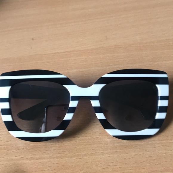 """ad3bb4c57f Alice + Olivia Accessories - Alice + Olivia black and white """"zebra""""  sunglasses."""